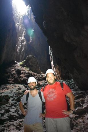 Exploradors per un dia (Dark Cave)