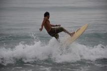 Un surfista