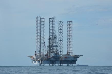 El petroli, principal negoci del sultà