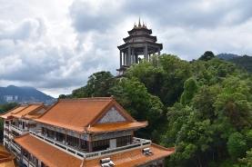 Vistes des de la Pagoda. Al fons es troba l'estàtua de Kuan Yin