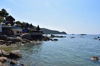 Passejant per la costa de Kho Tao