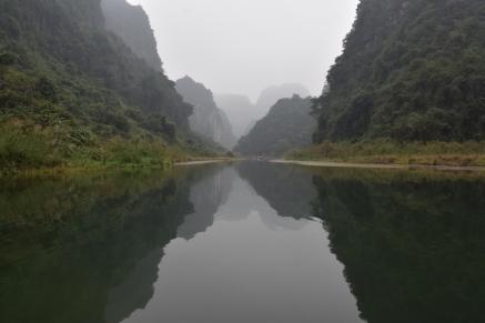 L'aigua en calma és com un mirall