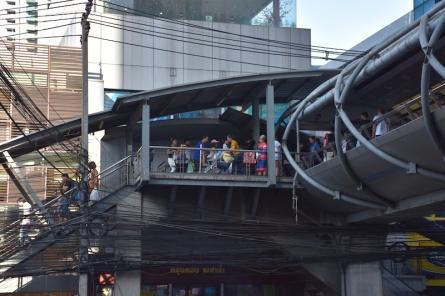 A Bangkok també hi ha carrers elevats per als vianants