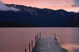 El capvespre al llac Rotoiti