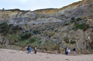 Les Gibson's Steps serveixen per baixar a peu de platja a Els 12 apòstols