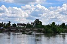 El pont que uneix Don Det amb Don Khon