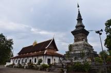 Wat Tat Luang